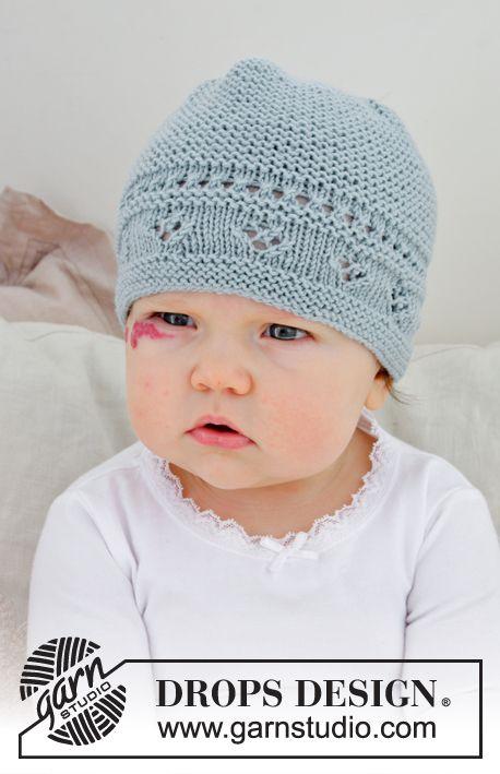 Cappello lavorato ai ferri per bambini con motivo traforato e maglia  legaccio. Taglie  prematuri – 4 anni. Lavorato in DROPS BabyMerino.  ec05e7212da3