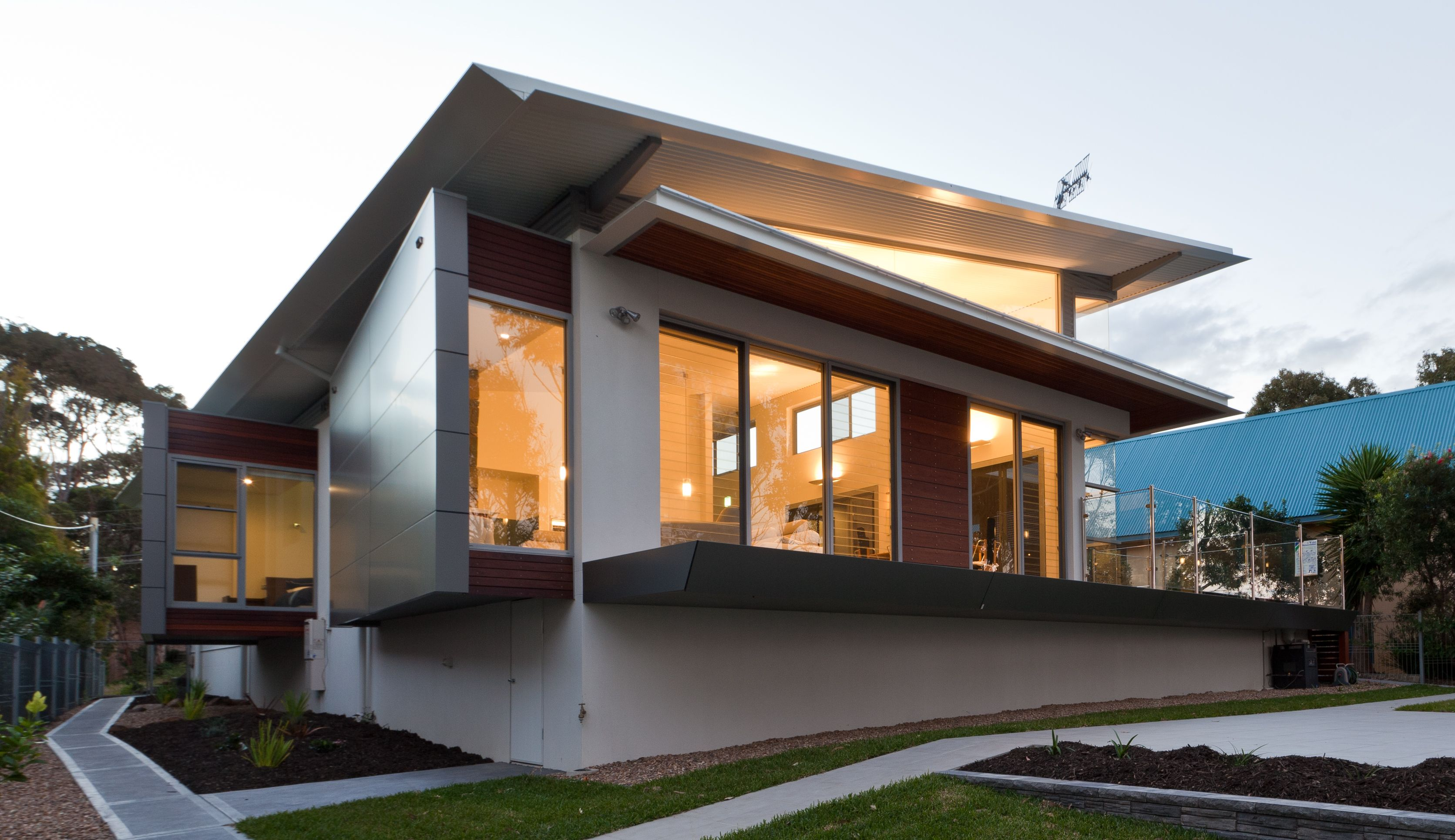 Contemporary Roof Lines Can Be Achieved With Ritek Roof