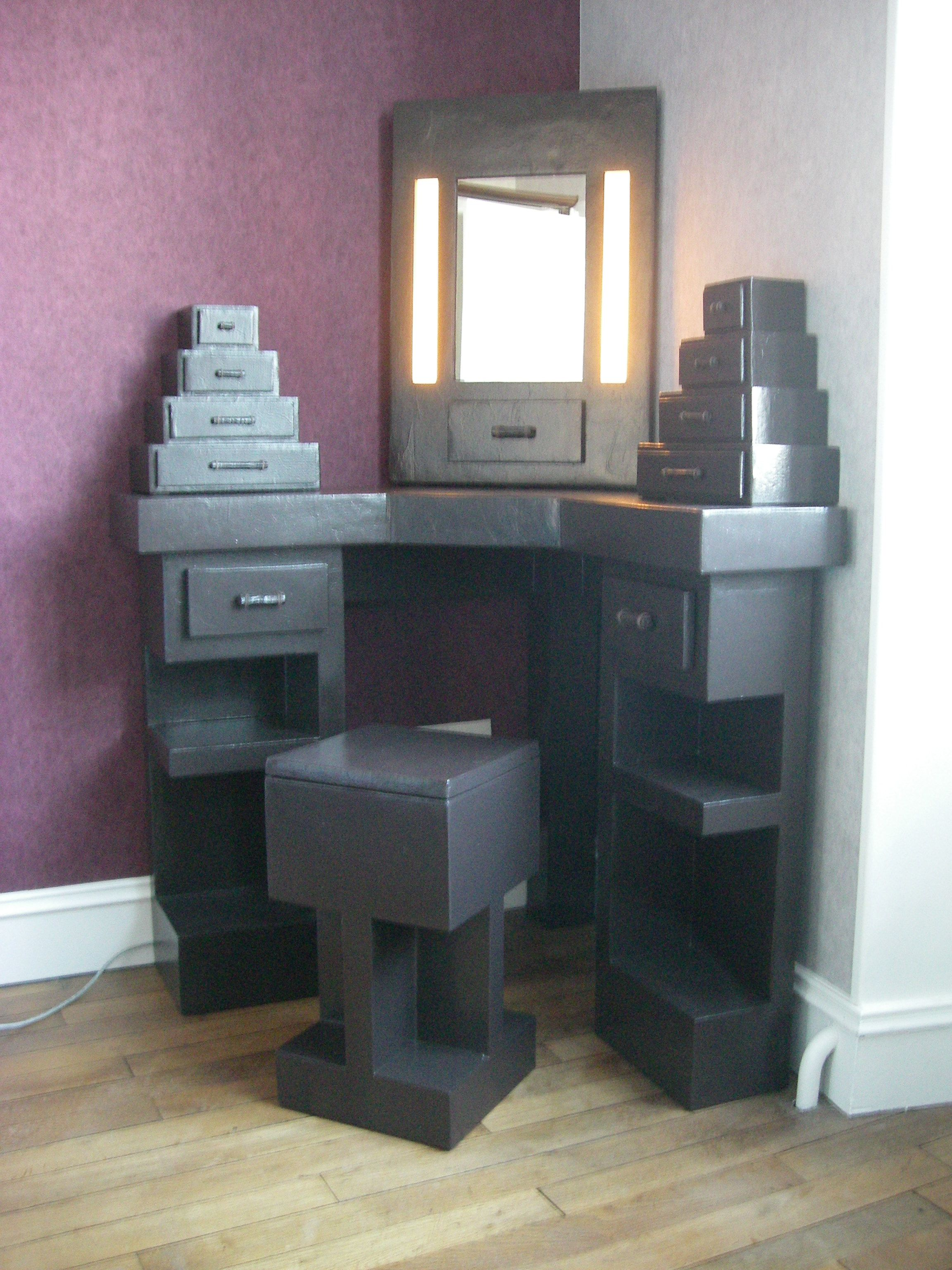 sg mobilier carton coiffeuse d 39 angle en carton. Black Bedroom Furniture Sets. Home Design Ideas