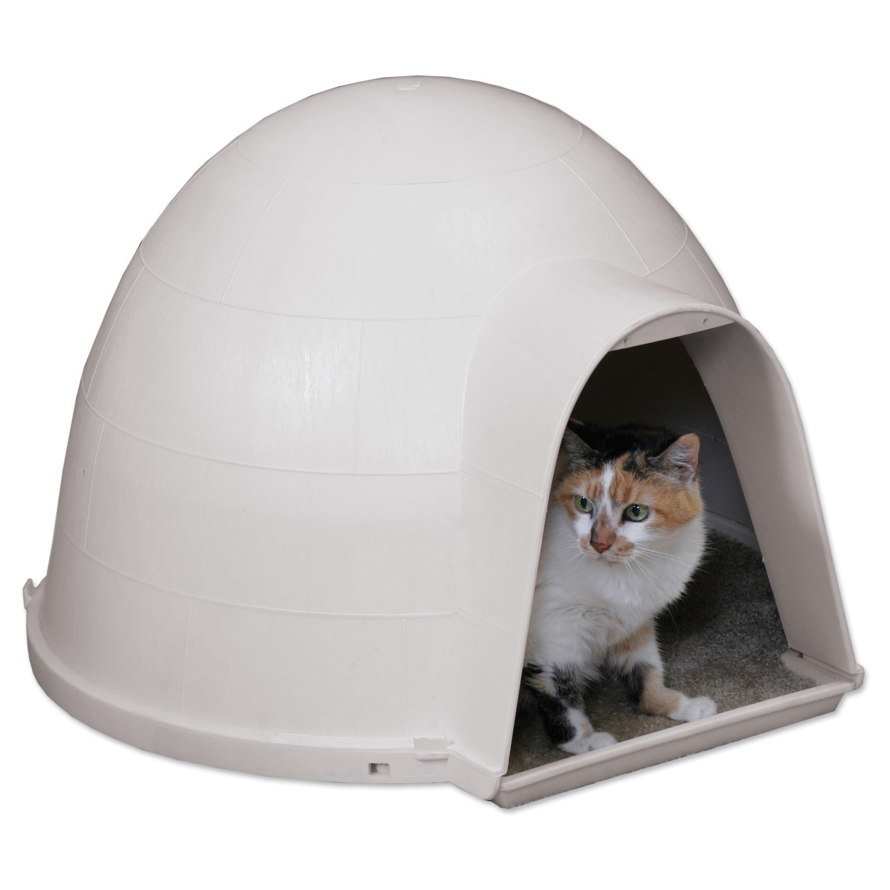 This Unique Igloo Shaped Cat House Is A Great Shelter For Outdoor