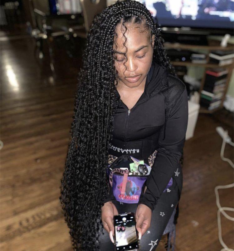 Pin xbrattt 💕🥀 Box braids hairstyles, Braids for short