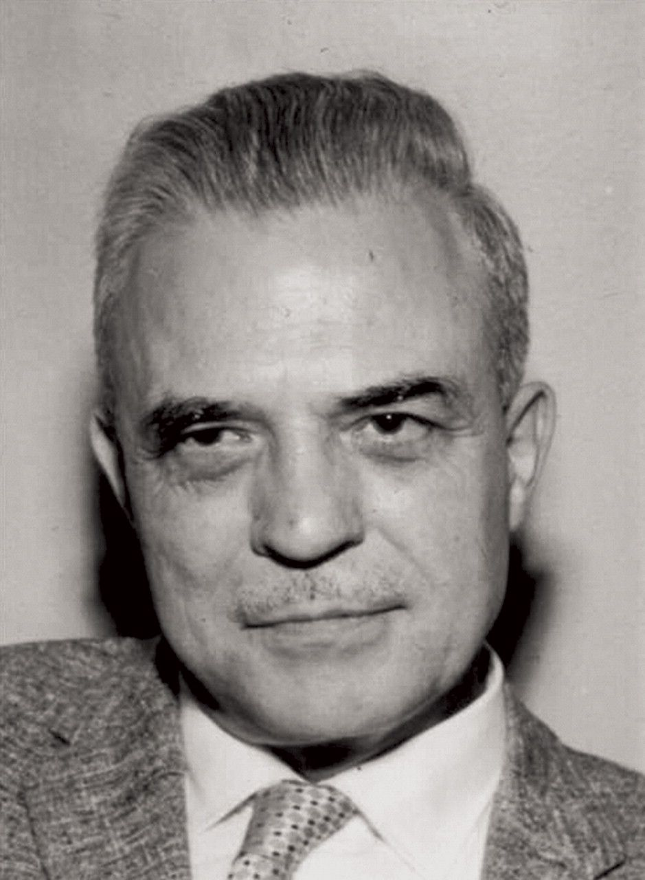 Milton Erickson : the founder of Ericksonian hypnosis,  He is noted for his approach to the unconscious mind as creative and solution-generating. He is also noted for influencing brief therapy, strategic family therapy, family systems therapy, solution focused brief therapy, and neuro-linguistic programming