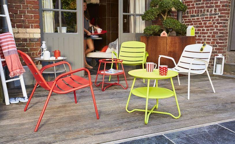 Mobilier rouge pour un jardin éclatant | Mobilier, Mobilier ...