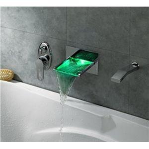 Trois couleurs changeantes LED robinets cascade d éclairage ... 49843d8e8dbb
