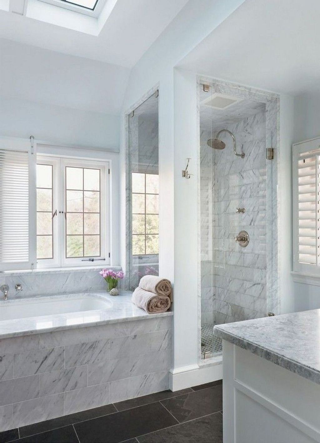 48 Simple Master Bathroom Renovation Ideas #dreambathrooms