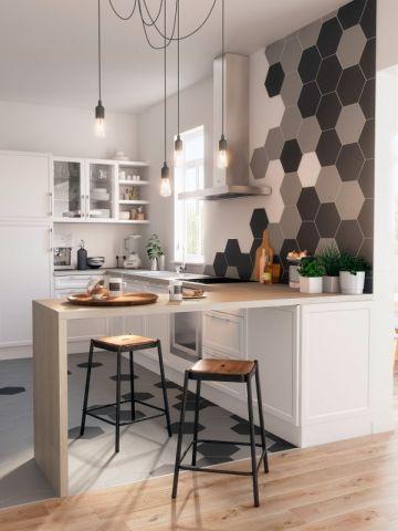 Dix astuces pour agrandir une petite cuisine Pinterest Le motif - Carrelage De Cuisine Mural