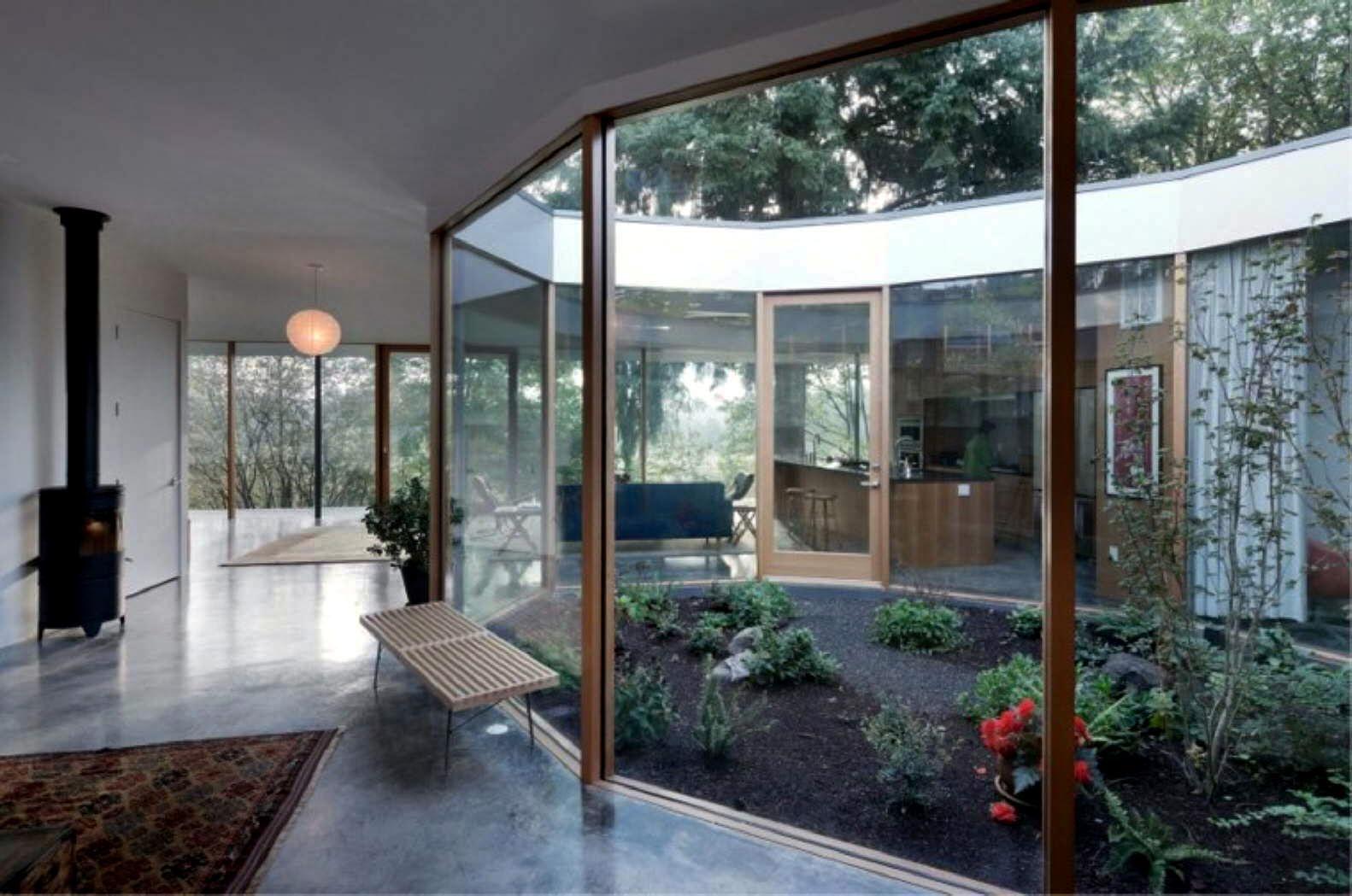Resultado de imagen de casa con patio interior casa con patio pinterest casa con patio - Planos de casas con patio interior ...
