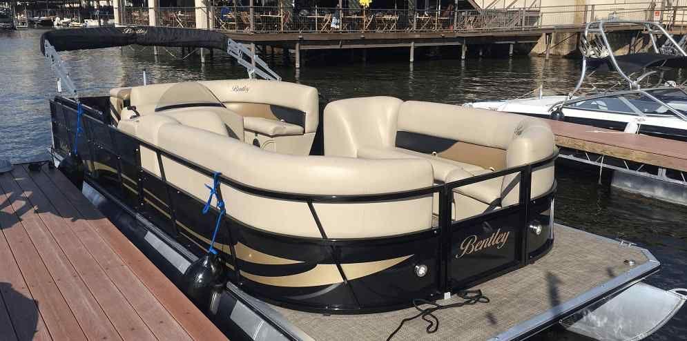 Austin bachelorette party ideas pontoon boat rentals