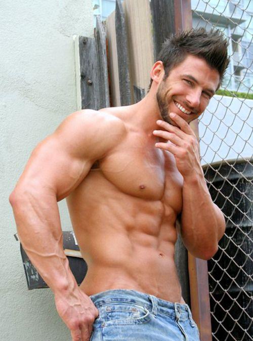 Musclelar naughty dude