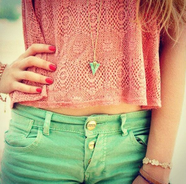Cute Sumer outfit. Love this!