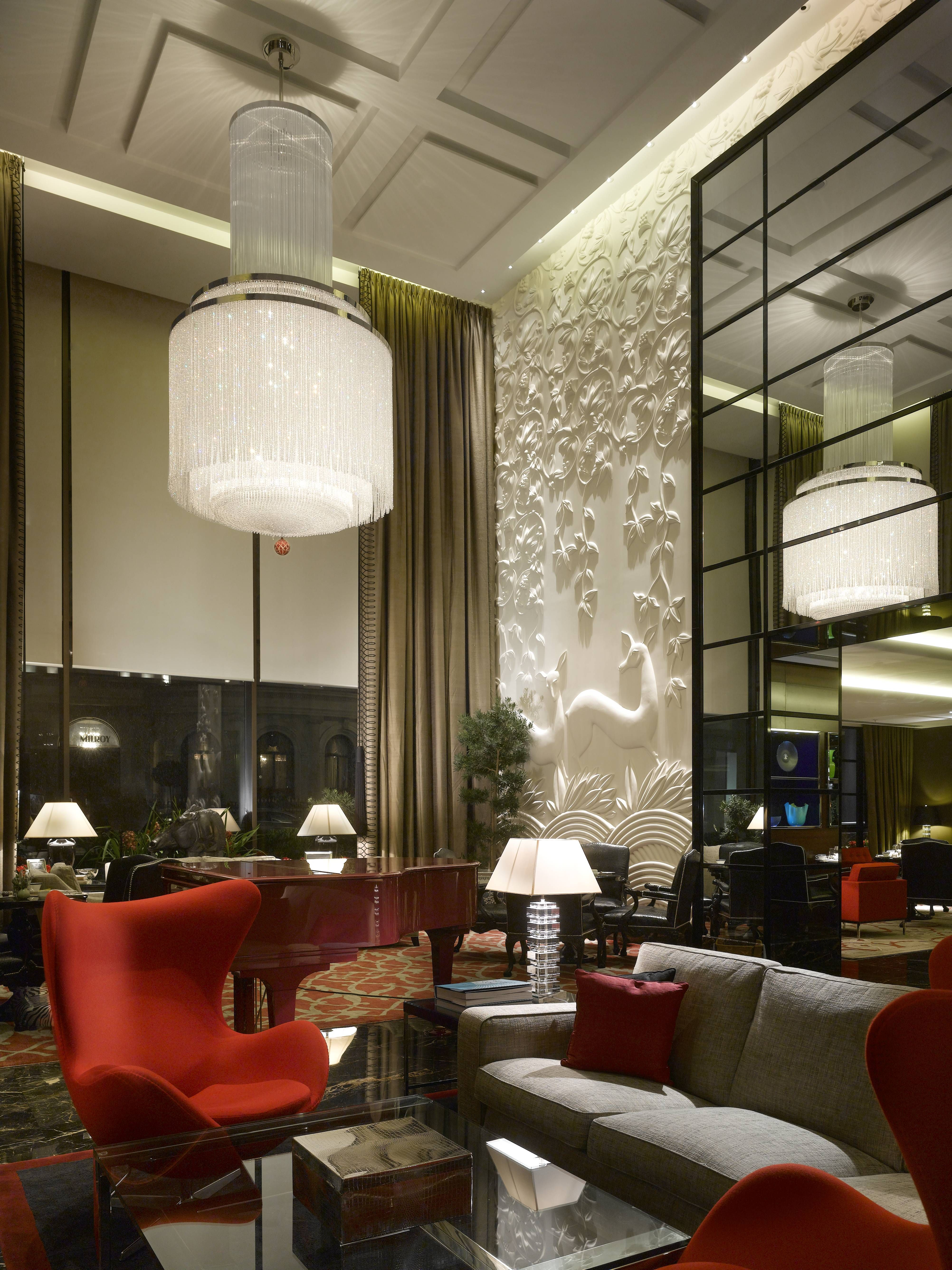Four Seasons Hotel London at Park Lane Just a few steps from Hyde Park f820ae12f2