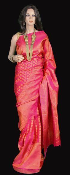 f82570c214 Magenta Pink Traditional Kanjeevaram Saree | Everything Tradition ...