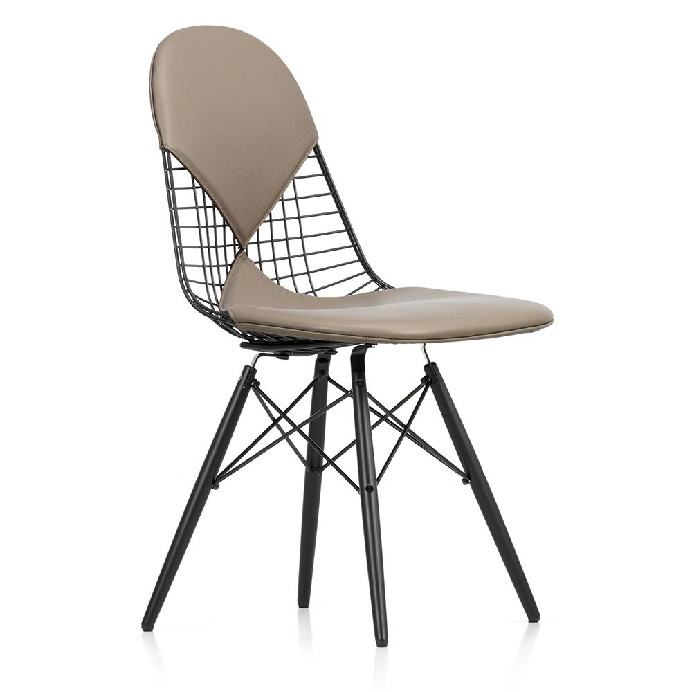 The eames dkw 2 wire chair from vitra is a variation on for Chaise wire eames