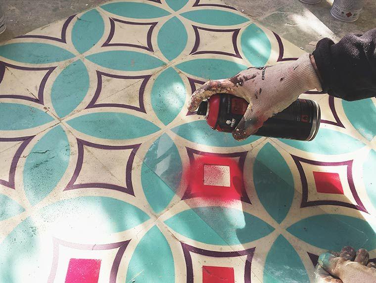 Floors Street Art u2013 Peindre du carrelage coloré dans des bâtiments - peindre du carrelage de sol