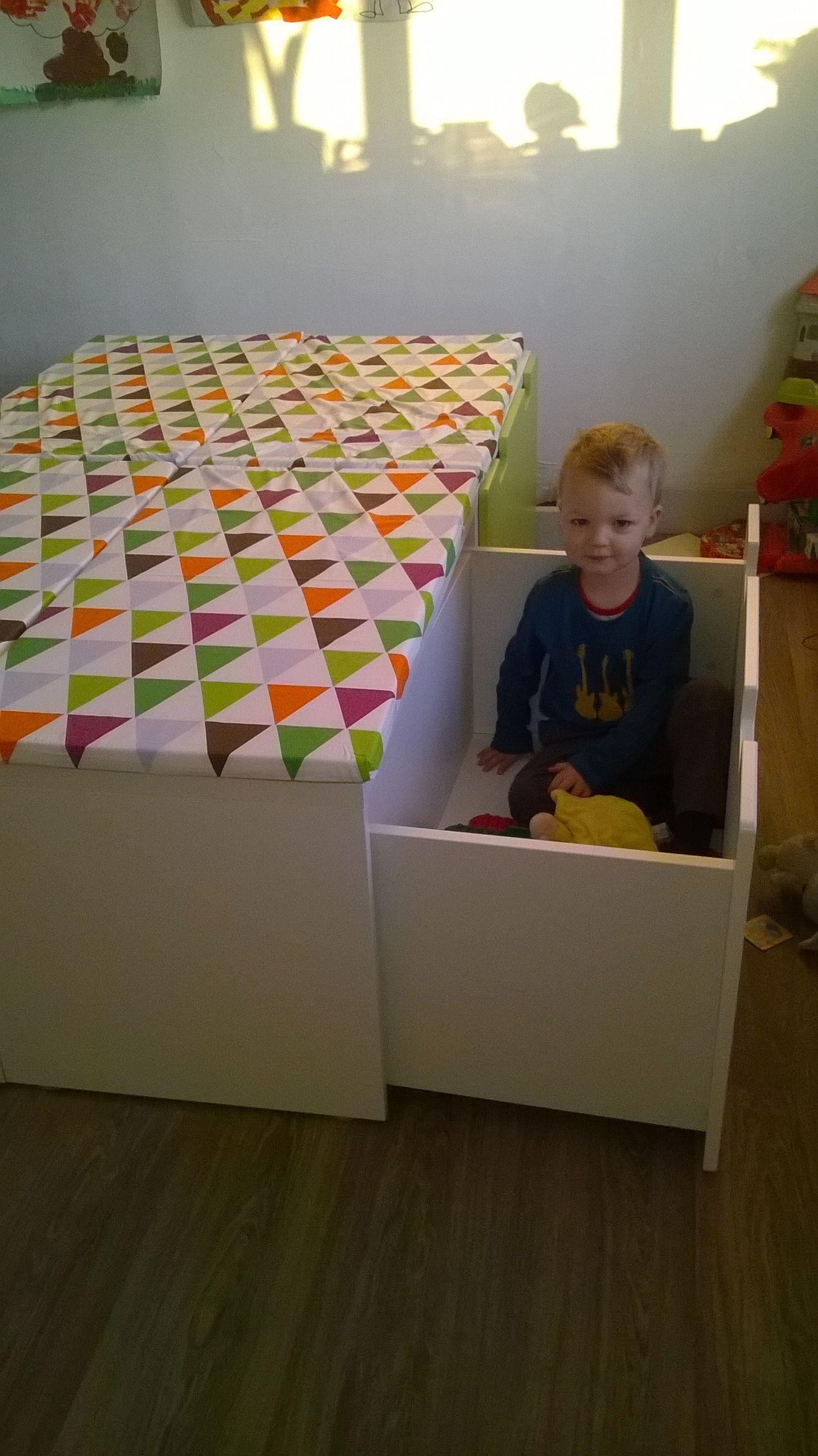 32 Highly Creative And Cool Floor Designs For Your Home: Speelgoed Opbergen/speelhoek/lounge Hoekje Voor De Kindjes