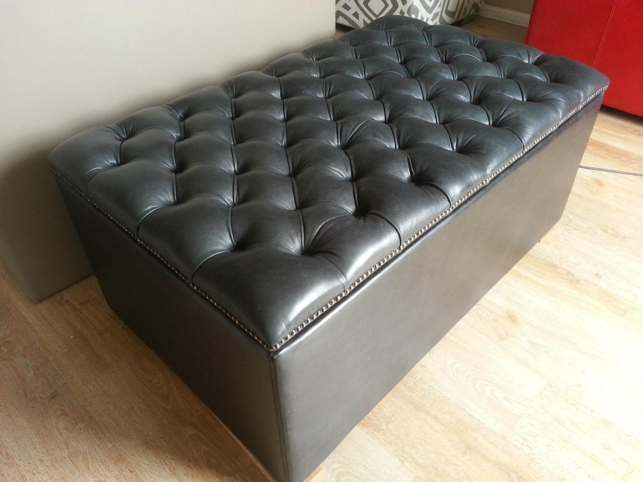 Leather deep button TV lift ottoman Hidden tv bedroom