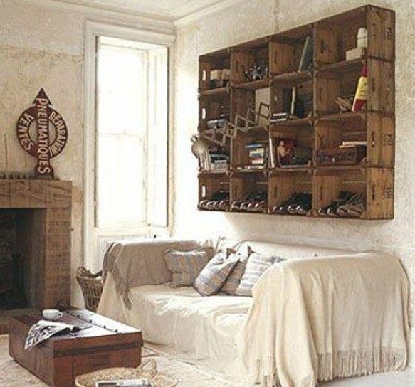 arredare casa con le cassette di legno - libreria sospesa con