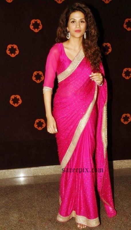 shraddha-das-pink-saree-Savithri-audio-launch