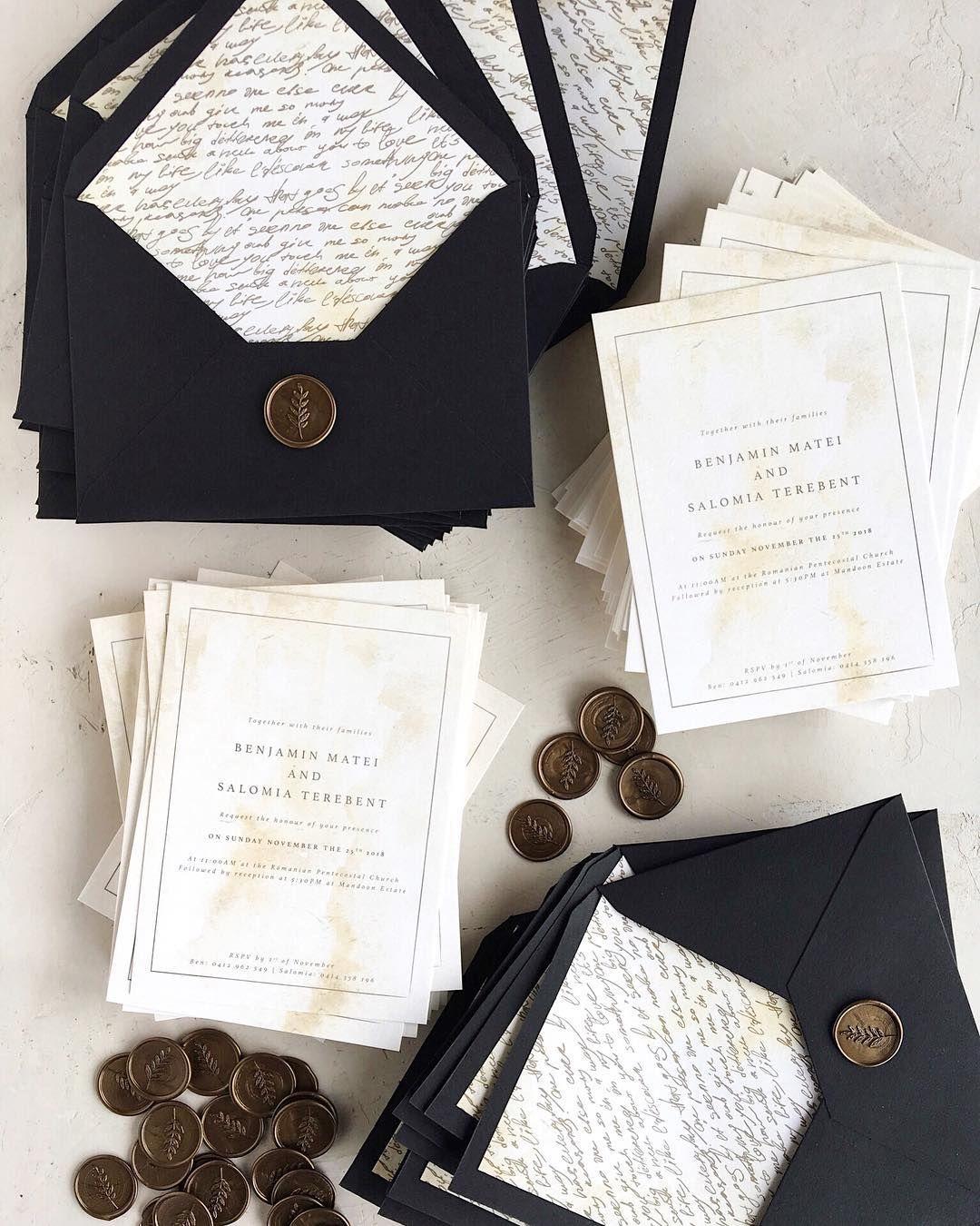 Invitatii De Nunta Vintage Realizata Pe Un Carton Kraft Cu