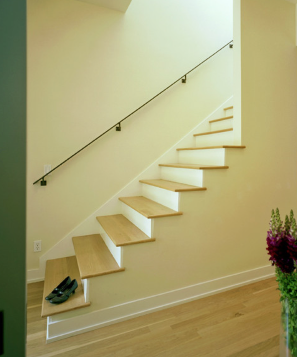 no banister at bottom | Home stuff | Pinterest | Banisters and Basements