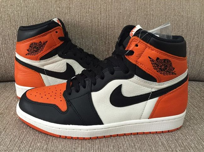 First Look  Air Jordan 1 Retro High OG