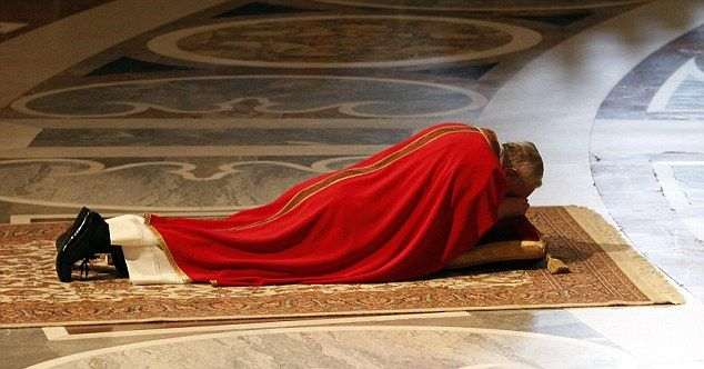 The Grounded Pontiff Pope Francis Pictured Lying On The Floor In Prayer During Good Friday Service In Saint Peter S Basilica Pope Francis St Peters Basilica Pope