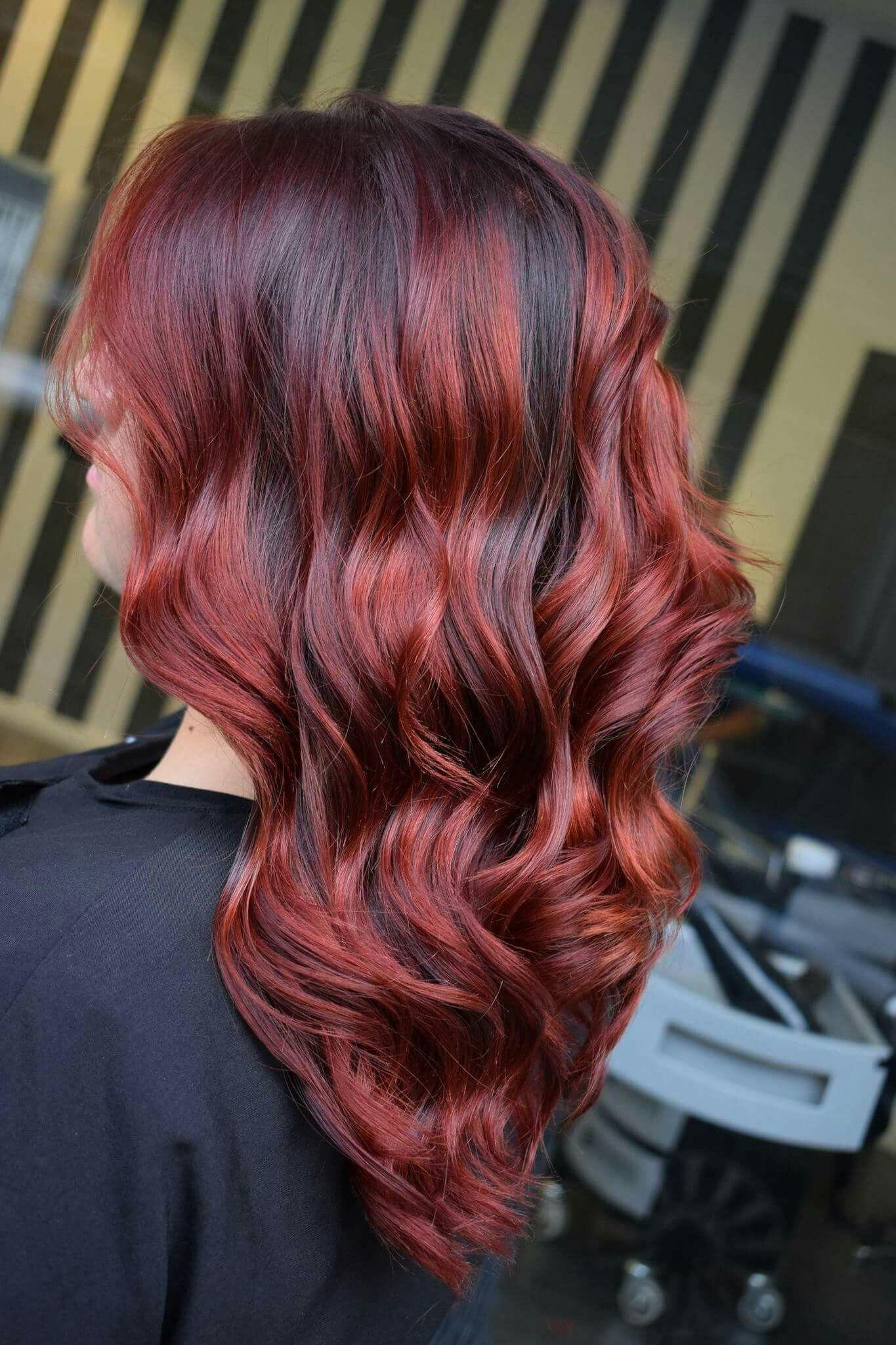 Pin di Annalisa Orrei su capelli   Capelli castani con ...
