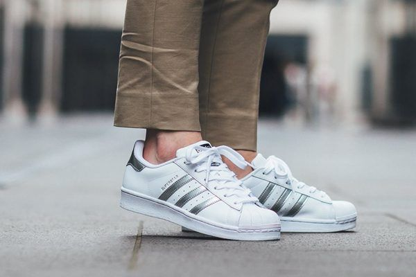 adidas superstars womens white and silver