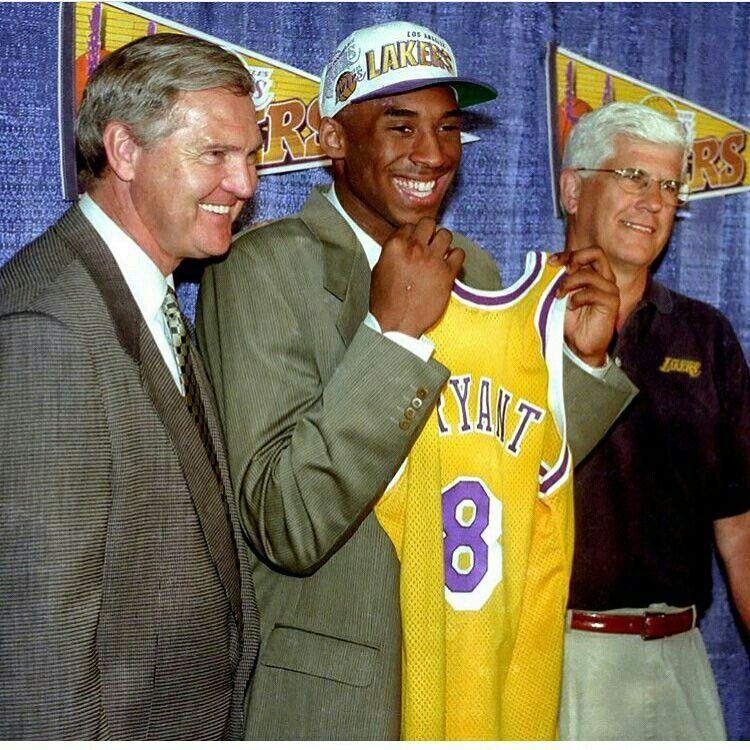 Kobe Bryant Kobe bryant nba, Kobe bryant, Lakers girls