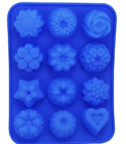 12 Cavities Flowers Shape Ice Cake Lattice DIY Candy Mould Silicone Soap Mold