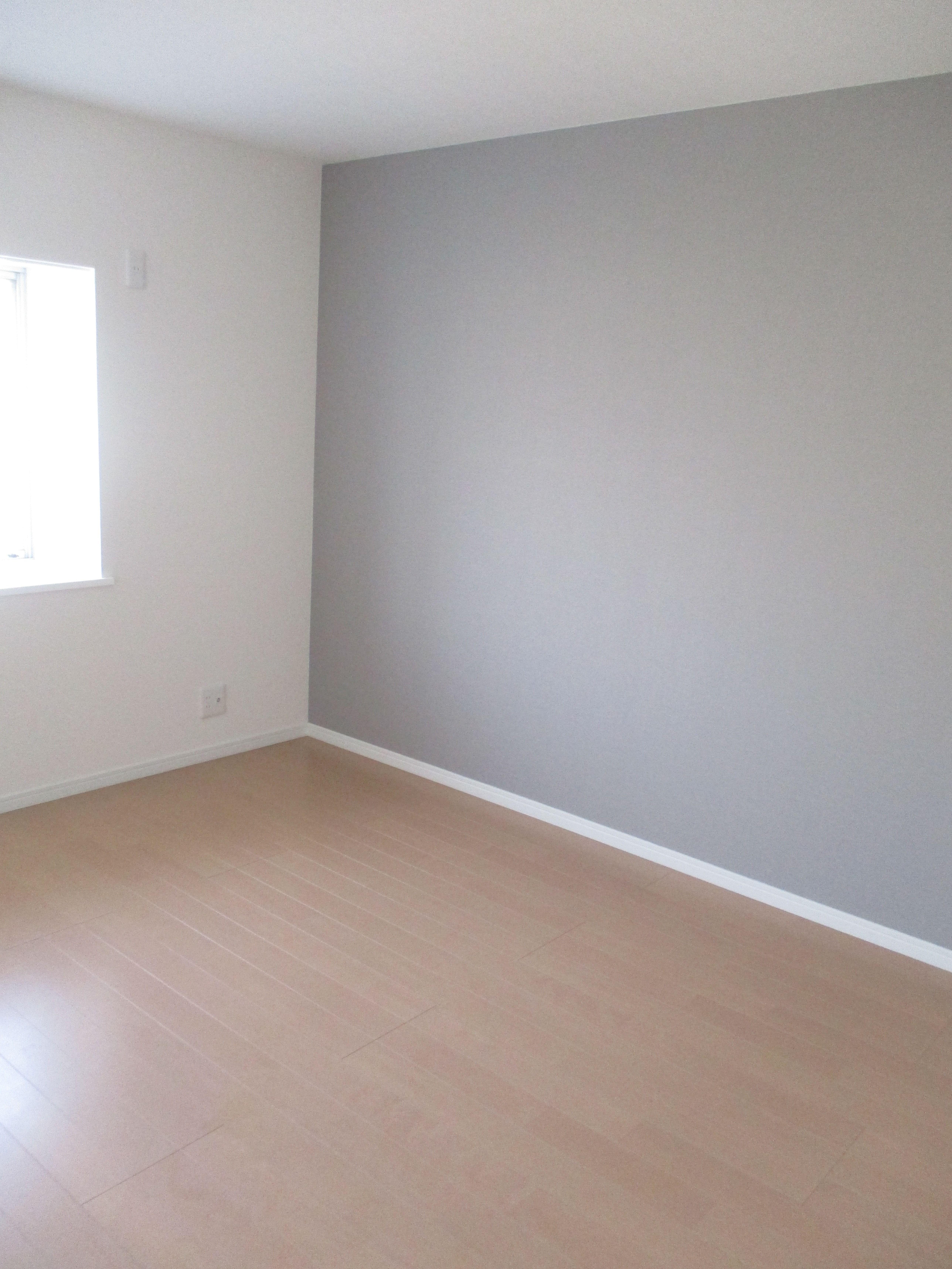 アクセントクロス シンコール グレー系 ホームオフィスのデザイン インテリア 家具 部屋壁紙 おしゃれ