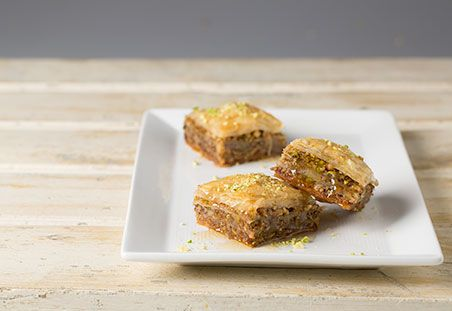 Pistachio and Walnut Baklava on DiamondNuts.com #DiamondNuts