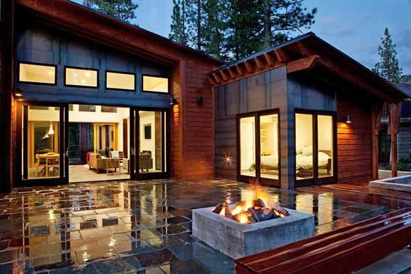 Mountain Modern Prefabricated Home In Tahoe Boasts Indoor Outdoor Living Modern Prefab Homes Modern Modular Homes Modern Mountain Home