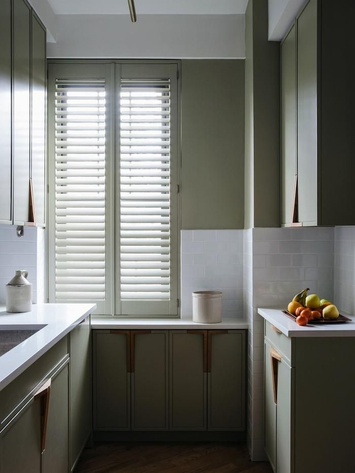Modern Country Style Colour Study Farrow And Ball French Gray Kitchen Cabinets Farrow And Ball Modern Kitchen Photos Kitchen New York