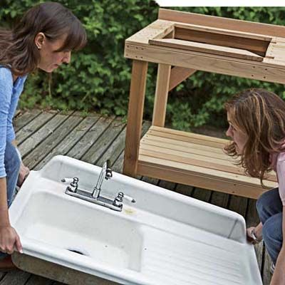 How To Turn A Salvaged Sink Into An Outdoor Bar Vintage Kitchen Sink Vintage Farmhouse Sink Outdoor Sinks