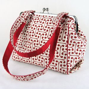 Just ordered this sweet little purse. Perfect for summer!!