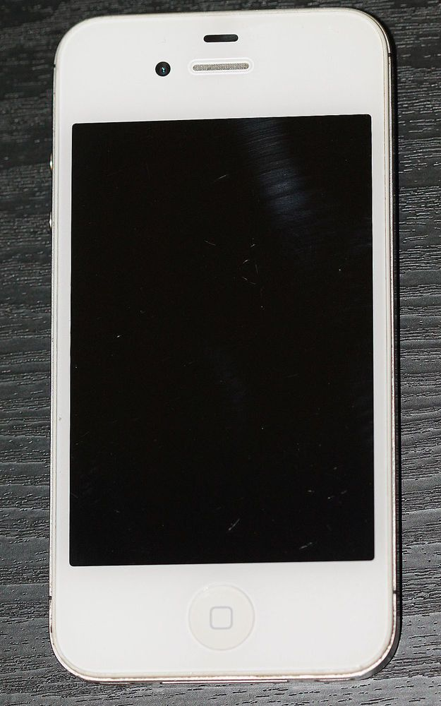 Sprint iPhone 4 8GB Apple Smartphone White Clean Esn Free Shipping No Reserve #Apple #Bar