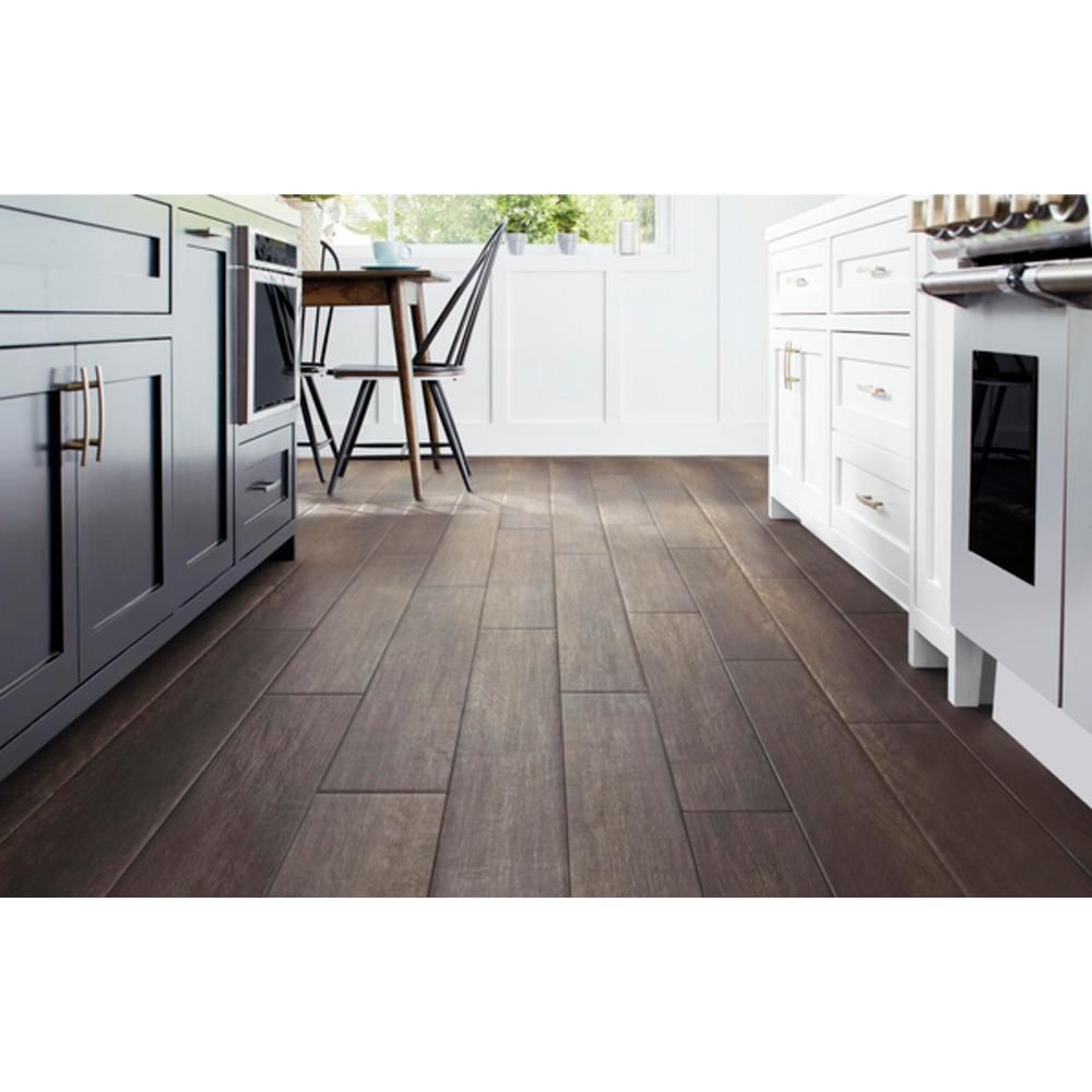 Home Decorators Collection Burlington Hickory 12mm Thick X 8 03 In Wide X 47 64 In Length Laminate Flooring 15 94 Sq Ft Case 361241 25976 The Home Dep Laminate Flooring Flooring Home Decorators Collection