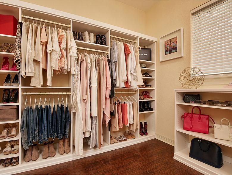A Perfect Closet For A Young Fashion Blogger   California Closets