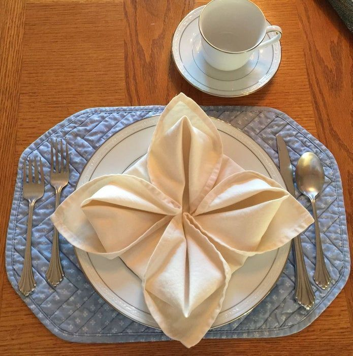 Napkin Folding - Flower #diynapkinfolding Napkin Folding - Flower: 9 Steps (with...,  #diynap... #diynapkinfolding