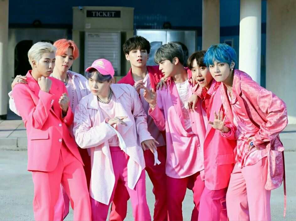 Bts Boy With Luv Group Photo Low Quality Grain Aesthetic Lq Grainy
