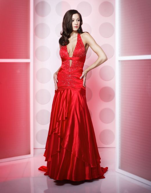 How The Colour Red Attracts Men | Valentine\'s Day | Pinterest | Prom ...