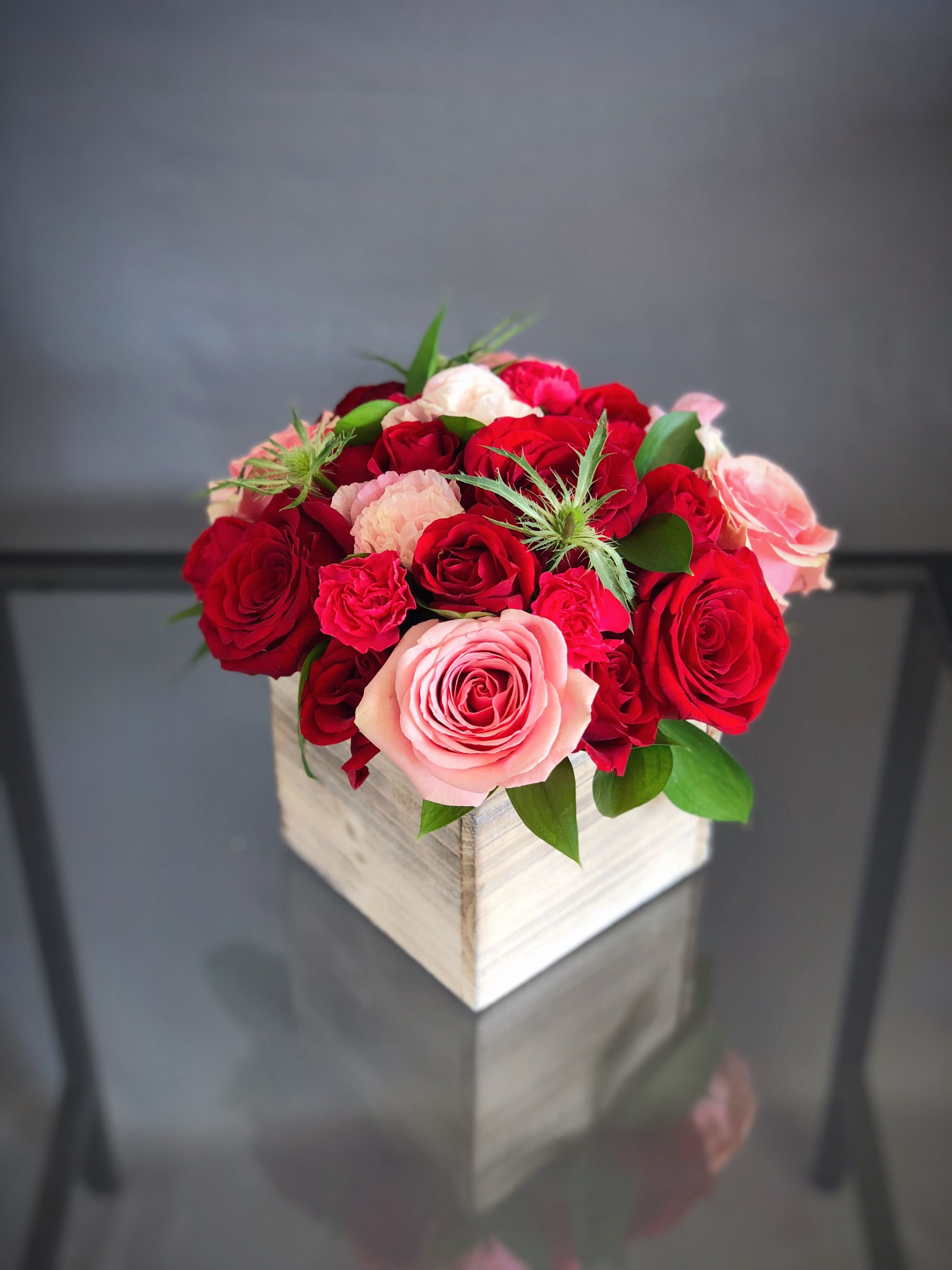 60 Wood Box Arrangement Red Pink Small In Hallandale