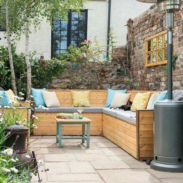 pinann craft on outdoors | courtyard garden
