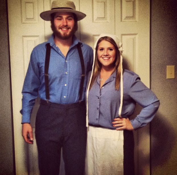 easy diy amish couple costume kost me couple halloween costumes halloween. Black Bedroom Furniture Sets. Home Design Ideas