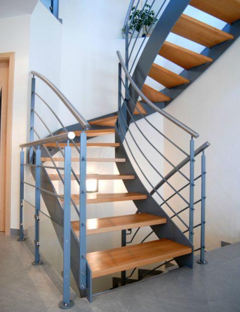 escalier interieur deux quart tournant