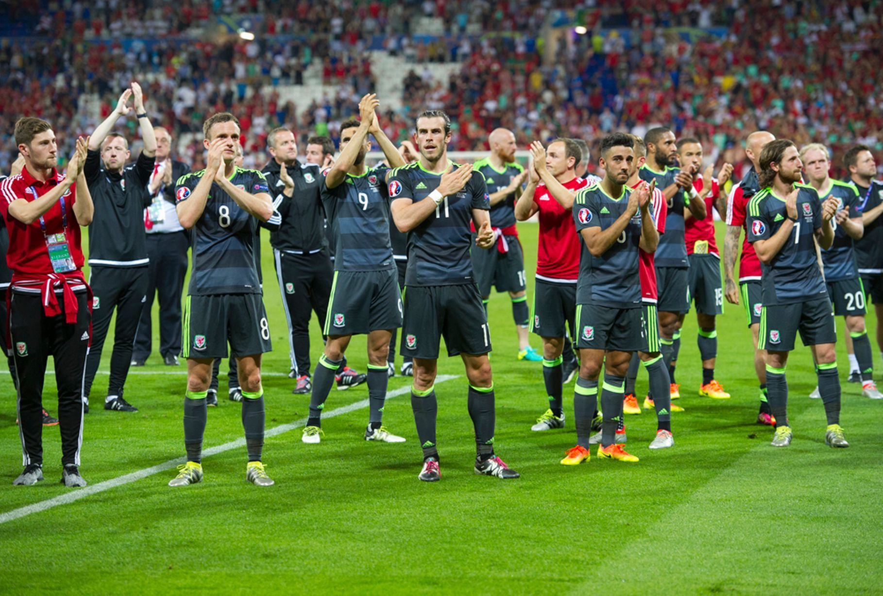 Watch Cristiano Ronaldo console Gareth Bale at full-time after semi-final  win