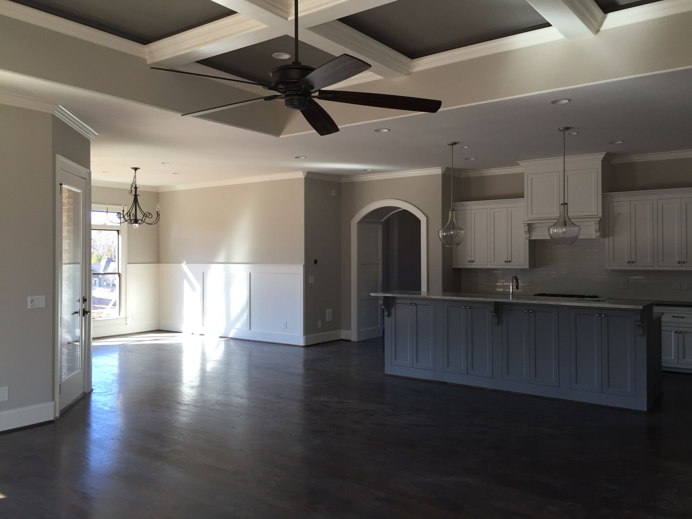 Best Sherwin Williams Worldly Gray Alabaster Cabinets And Trim 400 x 300