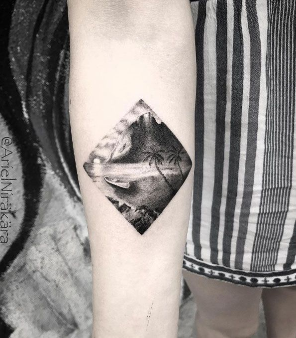 Black And Grey Ink Beach Scene By Ariel Nirakara Simple Tattoo Designs Tattoos For Women Tattoos