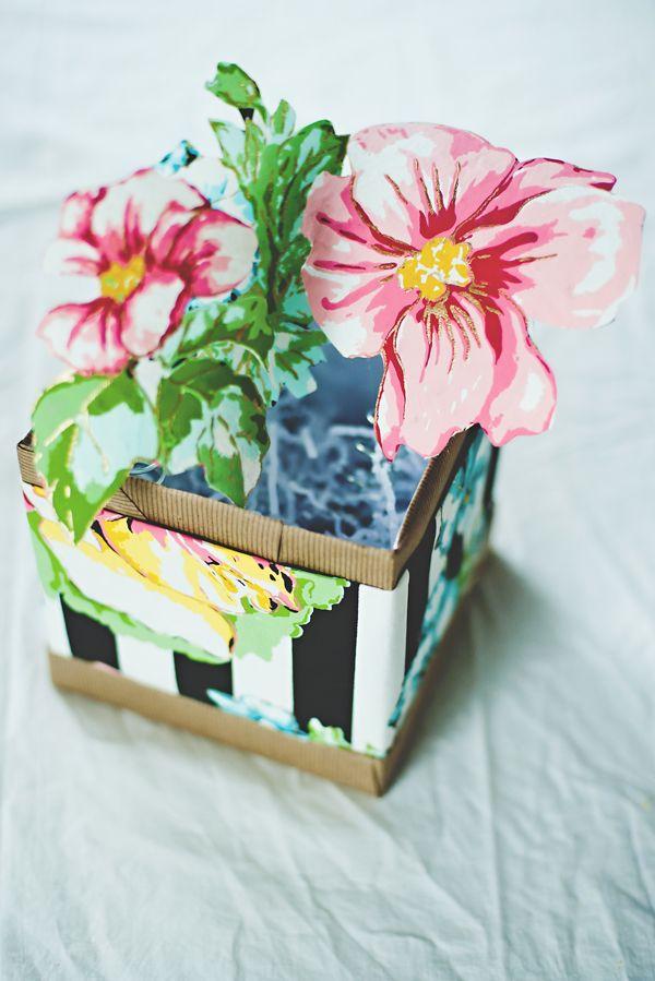 Diy free printable paper flower pop up gift box crafts diy free printable paper flower pop up gift box mightylinksfo